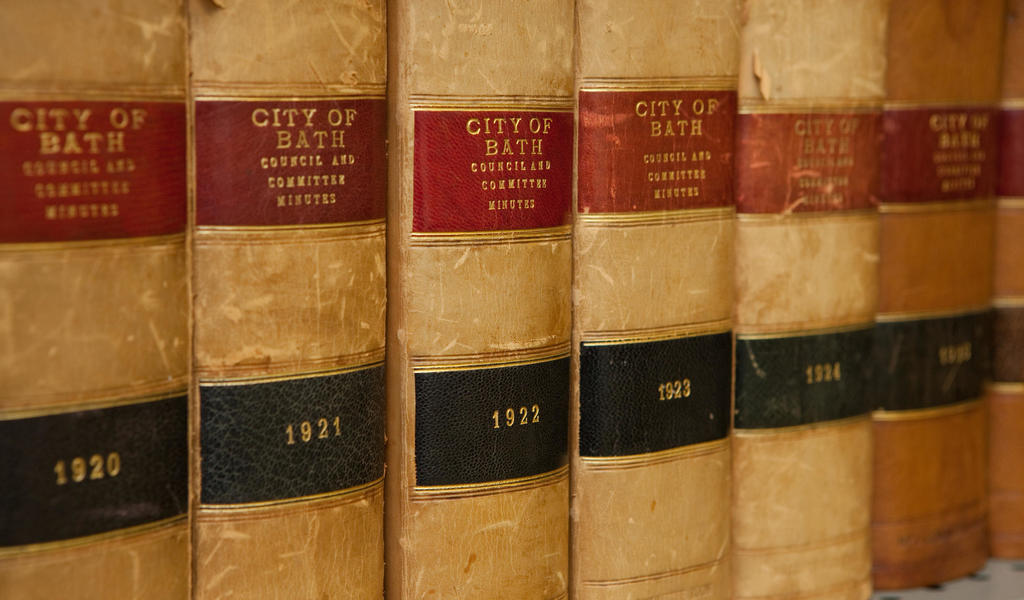 Image: spines of bound copies of printed Council minutes